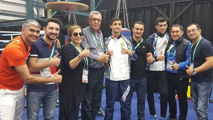 Boksçumuz Olimpiadada bürünc medal qazanıb