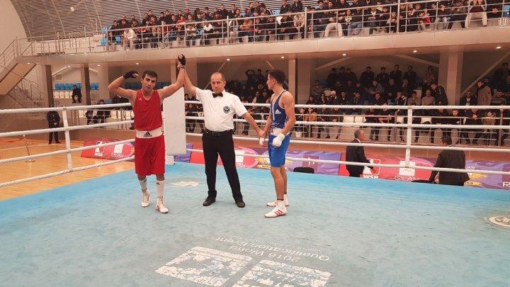 Finala yüksələnlər və bürünc medalçılar müəyyənləşib